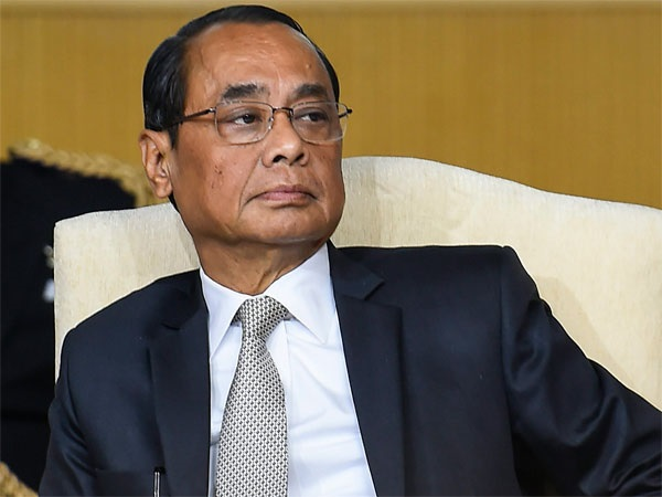 woman complainant demanded copy committe report sexual harassment case CJI Ranjan Gogoi
