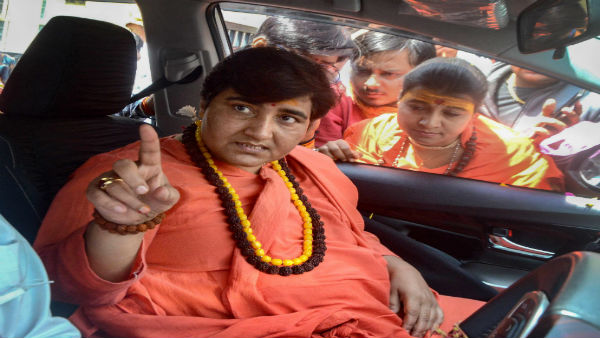 Pragya Takur took back her statement about Nathuram Godse