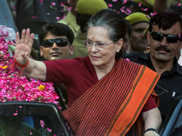 Sonia gandhi is looking for 4th consecutive win at Raebareli