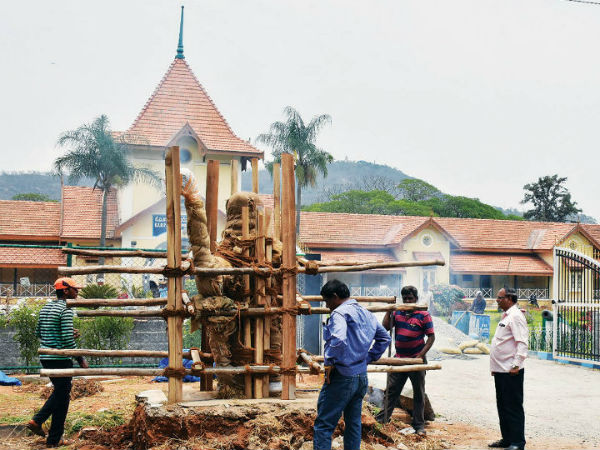 Postman Basappa's statue moved to new location at Mysuru