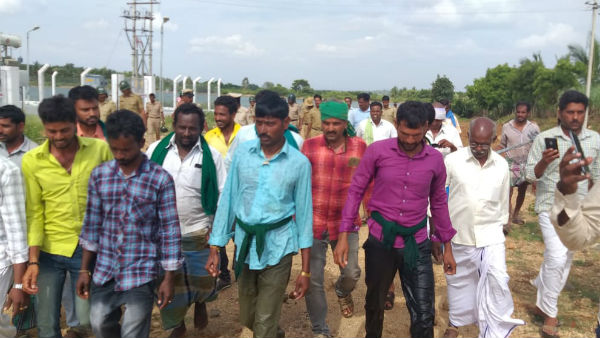 Protection of farmers who jumped into the lake seeking water replenishment