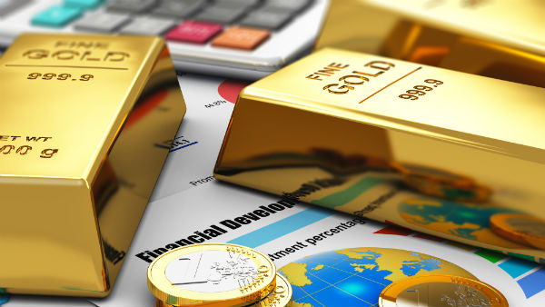 Gold Surges Rs 300 On Fresh Buying Strong Global Trend