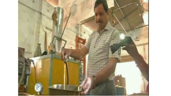 Hyderabad based mechanical engineer made petrol from used plastics