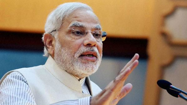 PM Modi warns Congress to not to link Triple Talaq to any community