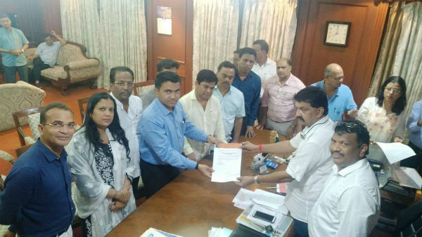 Why Anti-defection law wont apply to Goa Congress MLAs