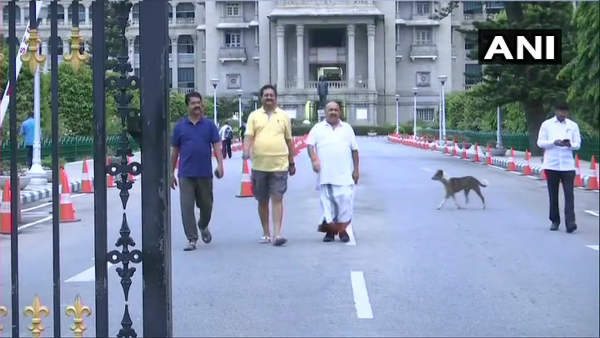 Karnataka BJP legislators go for morning walk in Vidhana Soudha