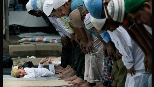 ಬಾಘ್ಪಟ್ನಲ್ಲಿ ಜೈ ಶ್ರೀರಾಮ್ ಪಠಿಸುವಂತೆ ಒತ್ತಾಯಿಸಿ ಮೌಲ್ವಿಗೆ ಥಳಿತ