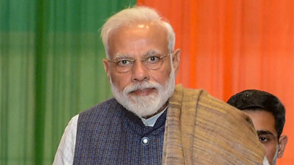 PM Modi asks Prahlad Joshi to give names of absent minister in Parliament