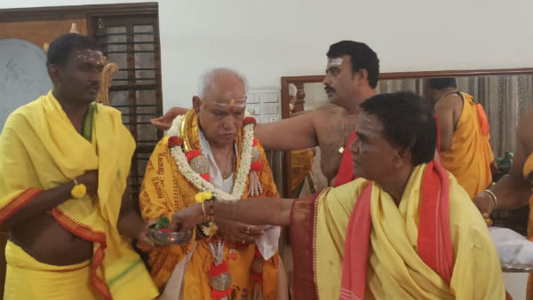 HDK and BSY performs Special Pooja at home