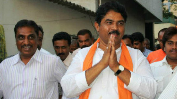 Bjp Leader Ashok Rejected The Link Between Bjp And Disqualified MlAs