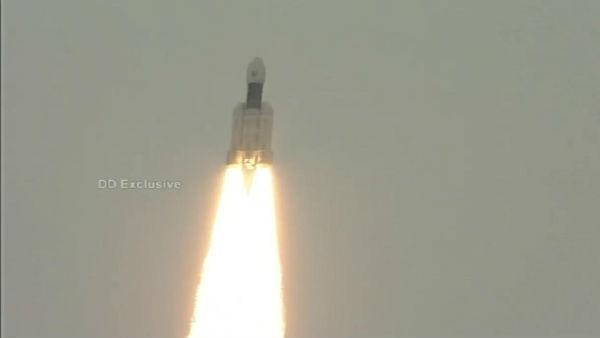 Live Updates: ಚಂದ್ರಯಾನ-2: ಯಶಸ್ವಿಯಾಗಿ ನಭಕ್ಕೆ ಹಾರಿದ ಬಾಹುಬಲಿ