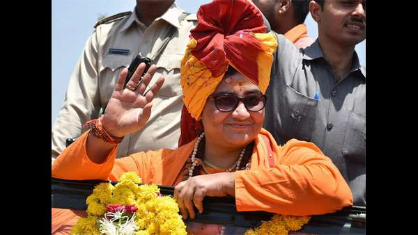 BJP warns Pragya Singh Thakur for controversial statement