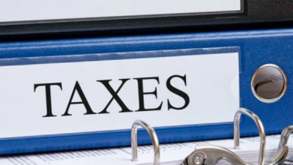 Taxable income over 2 crores observe higher surcharge, minimum 39 percent tax