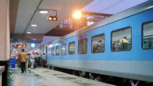New Delhi bound Shatabdi Express train detained since his mother yet to finish breakfast