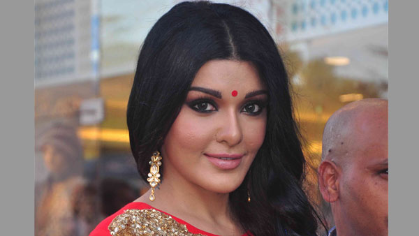 Koena Mitra sentenced to 6 months jail in cheque-bouncing case