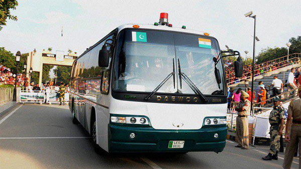 Pak bus for Lahore leaves Delhi on Saturday