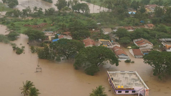 17 District And 80 taluk Of Karnataka Announced As Flood Hit