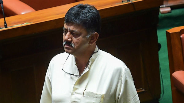 DK Shivakumar Prediction On Cabinet Expansion Will It Become True For Yeddyurappa