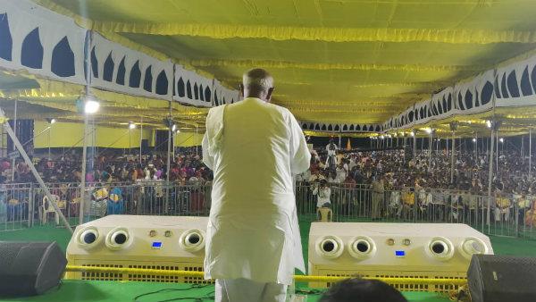 ಆಷಾಢದ ಕೊನೆಯ ದಿನದ ಮುನ್ನಾ ದೇವೇಗೌಡರಿಂದ ಕಾಂಗ್ರೆಸ್ಸಿಗೆ ಸ್ಪಷ್ಟ ಸಂದೇಶ