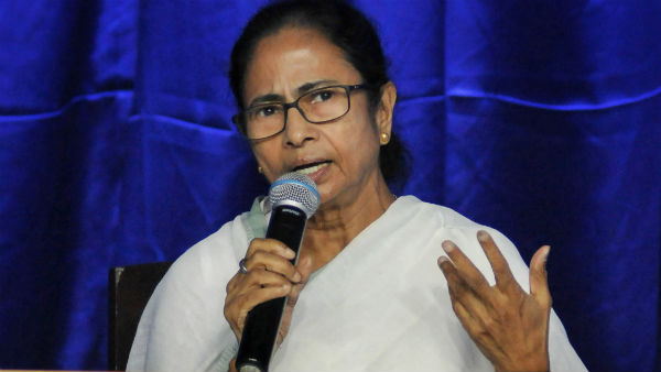 West Bengal Mamata Banerjee Didike Bolo Helpline Number Flooded Calls