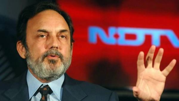 NDTV Promoters Prannoy Roy And Radhika Roy Stopped In Mumbai Airport