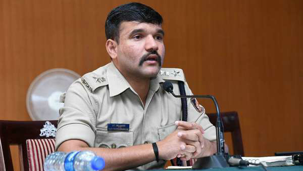 Many IPS officers transfer along with Ravi Channannavar