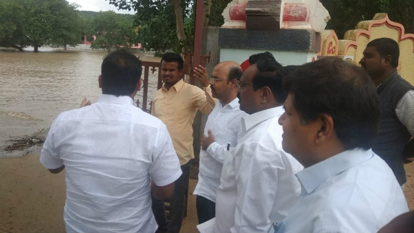 Siddaramaiah sent his son Yathindra Siddaramaiah to flood affected Badami