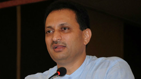 Anant Kumar Hegdes controversial statement on Sasikant Senthil