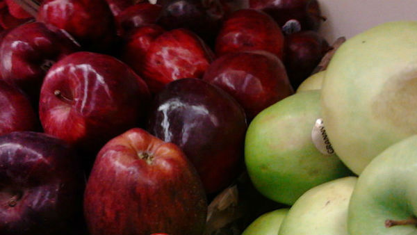 Union Government Decided To Buy Apples From Jammu And Kashmir