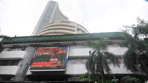 Stock Market News: Investors Lost 1.65 Lakh Crore, Sensex Down 470 Points