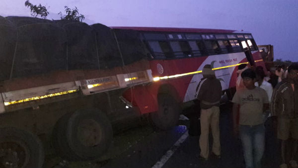 3 Dies In Accident Between Bus And Lorry Near Challakere