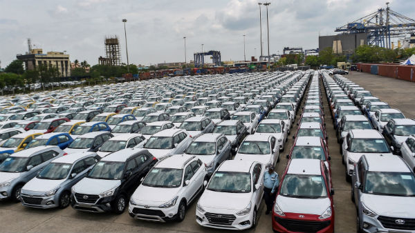 Festive Season Failed To Stop Slow Down Of Auto Industry