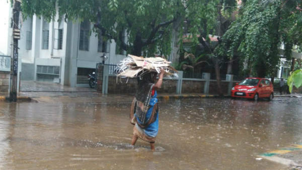 Heavy Rain Alert In 5 Districts Of Karnataka