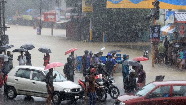Rain Fall Yellow Alert In 23 Districts Of Karnataka