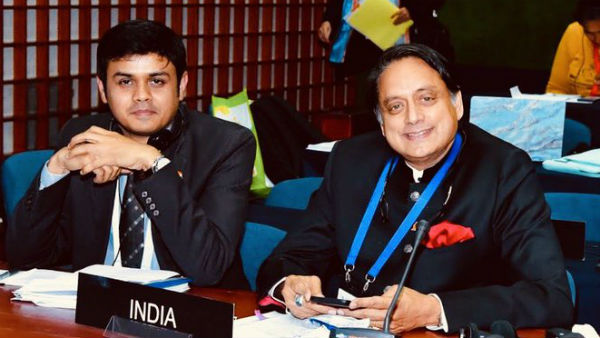 Shashi Tharoor Slams Pakistan In International Meeting