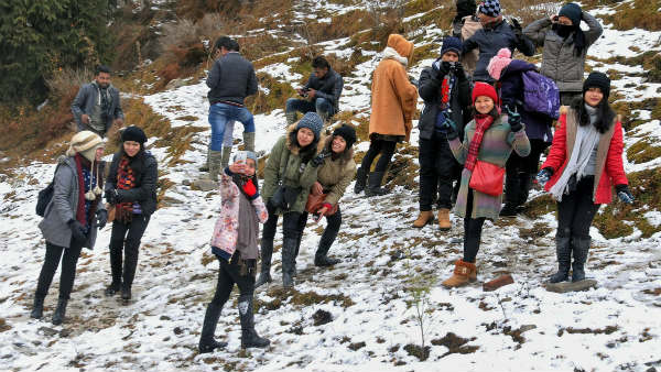 Jammu And Kashmir Valley Is Open For Tourists From Today