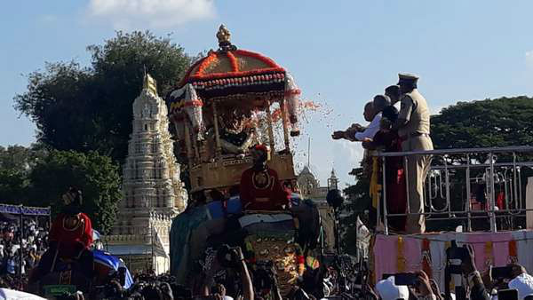 Mysuru Dasara Started Before The Specified Time