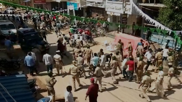 Lathi Charge At Davanagere For Violation Of Eid Milad Peace Resolution