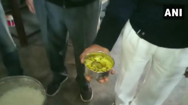 Dead Mouse Found In A Midday Meal In A Govt School In Muzaffarnagar.