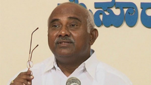H Vishwanath Will Write Book About Disqualified Mlas