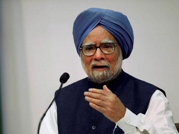 Congress Leader Manmohan Singh Strikes Against BJP In Bharat Bachao Rally