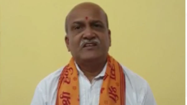 Pramod Muthalik Reaction On Rape Accused Encounter In Hyderabad
