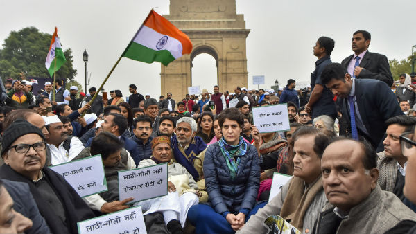 Priyanka Gandhi Sits On Road Protest Against CAA And Delhi Police