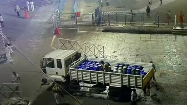 Devotee jumps to death under Tirupati Temple Milk Supply vehicle at Tirumala
