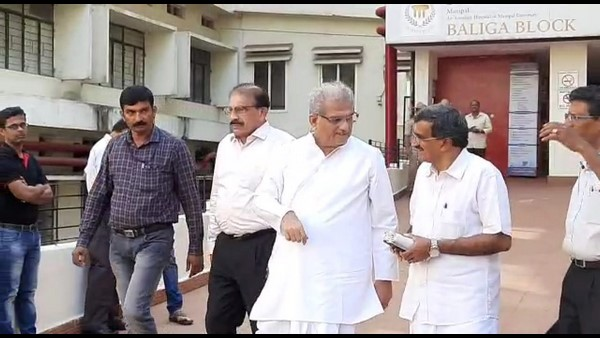 CM Visited Manipal Hospital And Inquires Health Condition Of Pejawara Shree