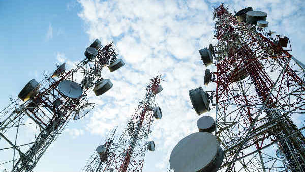 Bangladesh Suspends Mobile Networks Along India Borders