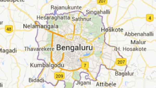 Ayyappa Devotees Saved A Man In Bengaluru From Committing Suicide