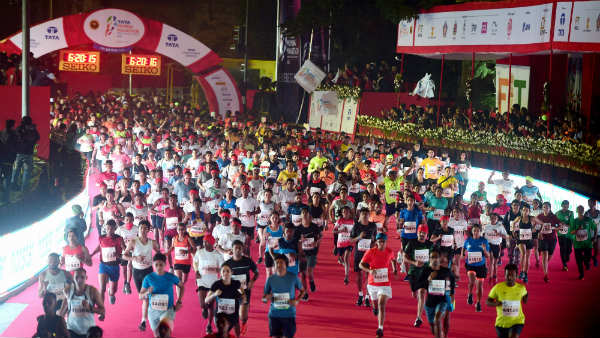 7 people suffer heart attack while running Tata Mumbai Marathon, 1 dies