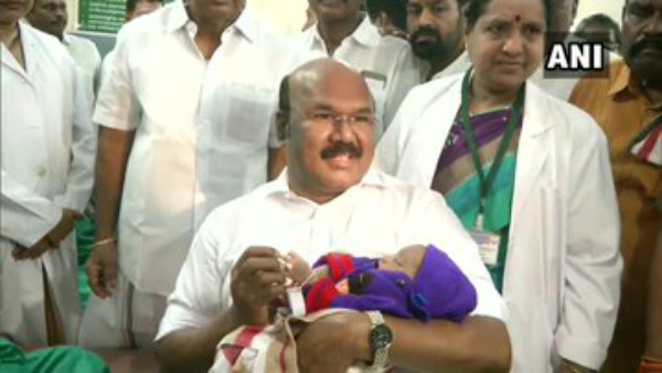 Jayakumar Gifts Gold Rings To Newly Born Infants