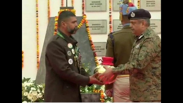 Umesh Collected Soil From All Pulwama Martyrs